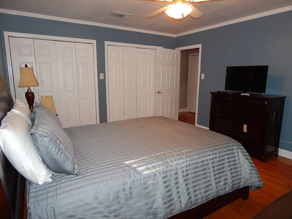 VIP Vacation Rentals » Newly Remodeled Home